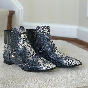 Calvin Klein Leopard blue print Eunice model boots